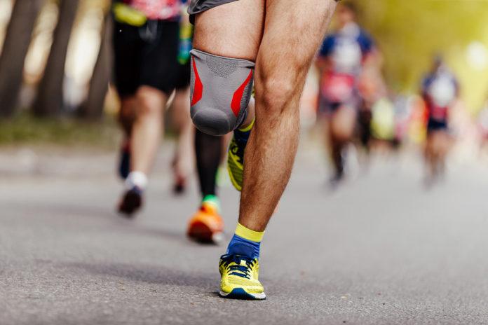 piernas de una persona de una carrera