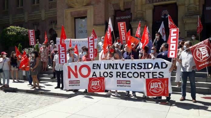 Manifestación CCOO en el Rectorado