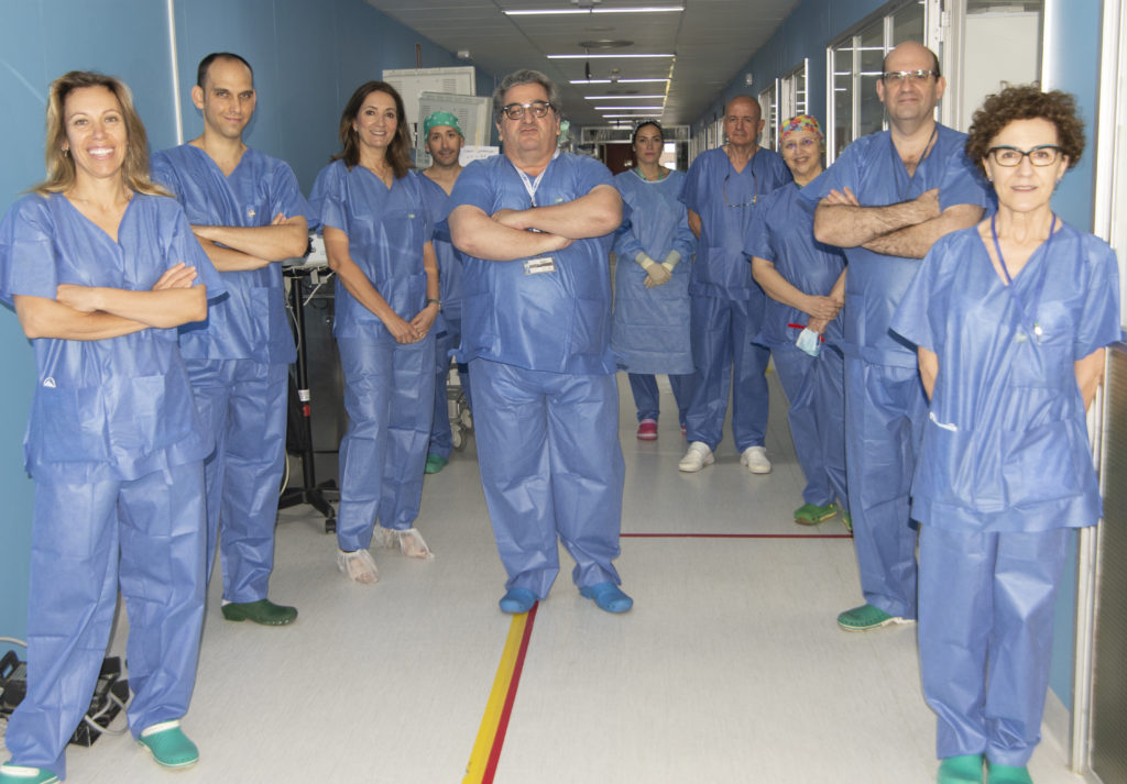 Equipo cirugía robótica colon y recto