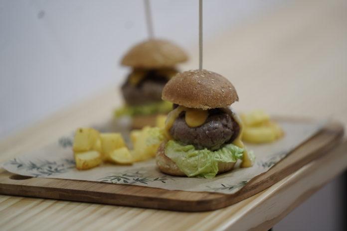 Mini hamburguesas de ternera en Suburbia