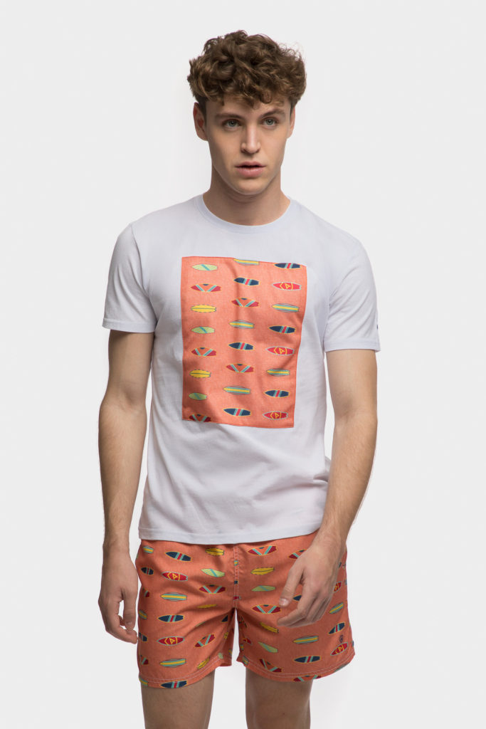 Camiseta de verano estampada de Álvaro Moreno