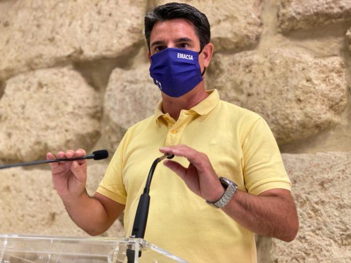 Pedro Garcia. IU