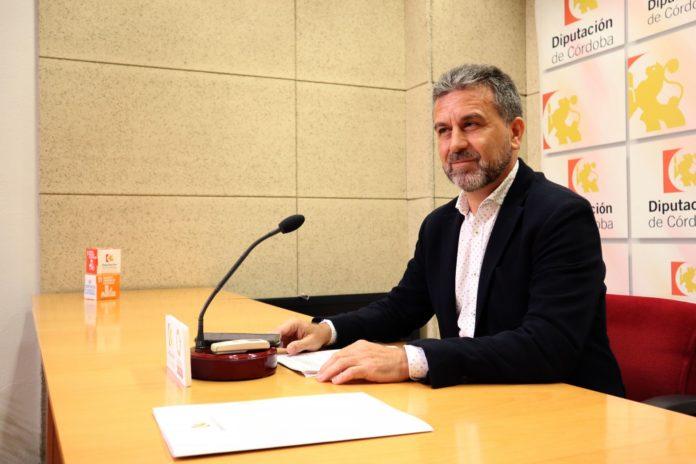 Francisco Ángel Sáchez en sala de prensa
