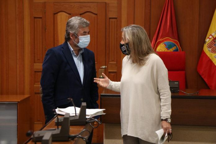 Miguel Ángel Torrico e Isabel Albás comparecen tras la Junta de Gobierno local