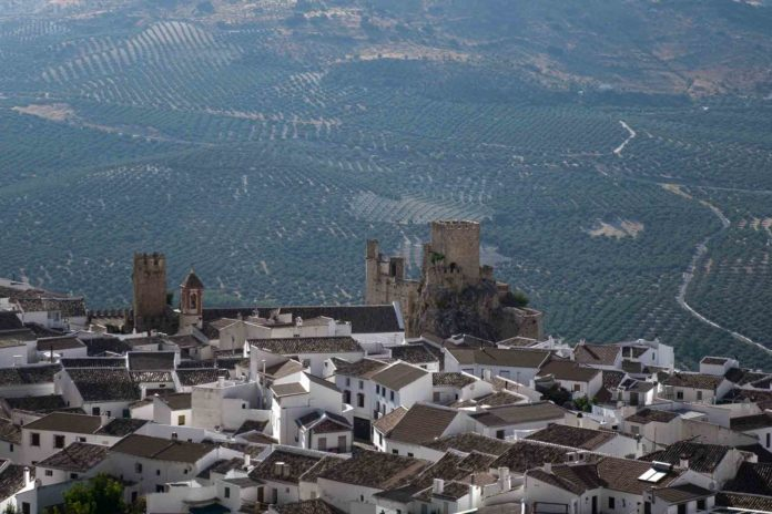 Panorámica del municipio de Zuheros. Foto: RAM