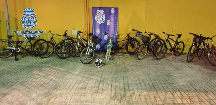 Robo de bicicletas, 13 bicicletas