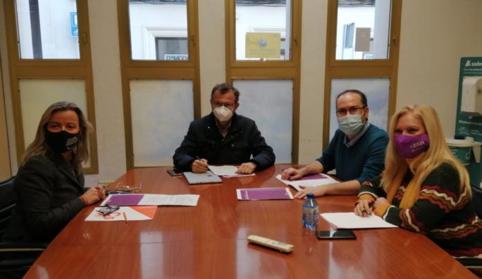 Reunión de Podemos y Ciudadanos