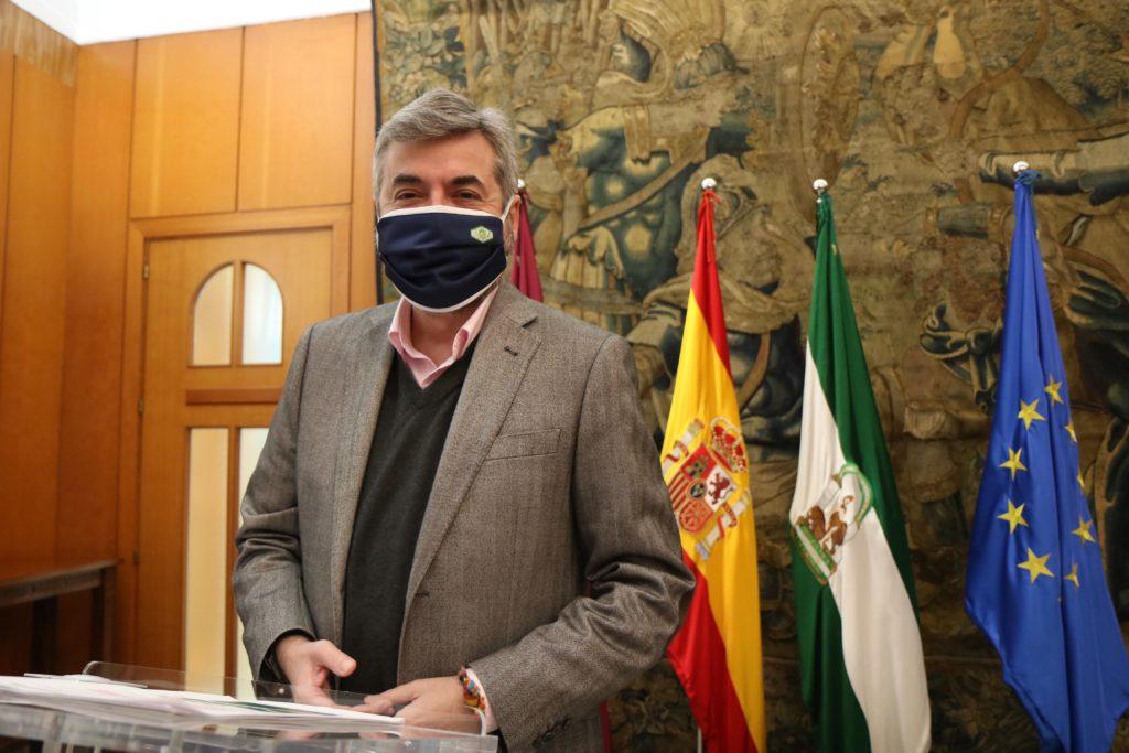 Miguel Ángel Torrico en el Ayntamiento de Córdoba