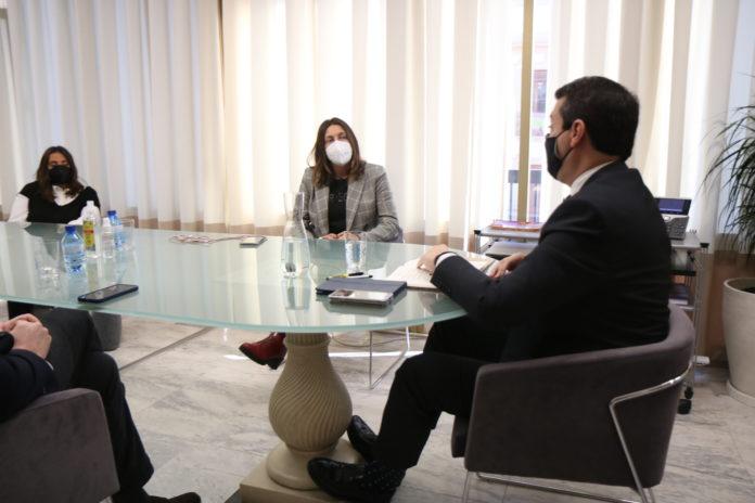 José María Bellido se reúne con Loles López
