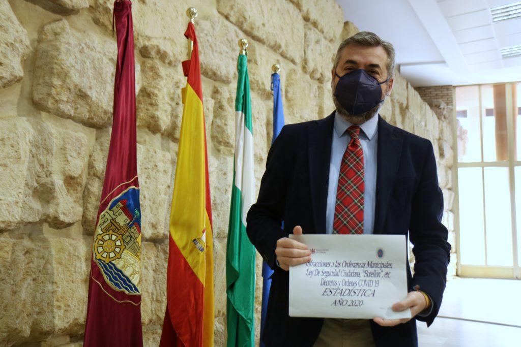 Miguel Ángel Torrico en la sala de prensa del Ayuntamiento de Córdoba