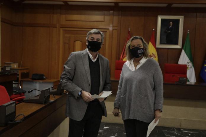 Miguel Ángel Torrico e Isabel Albás en Rueda de prensa