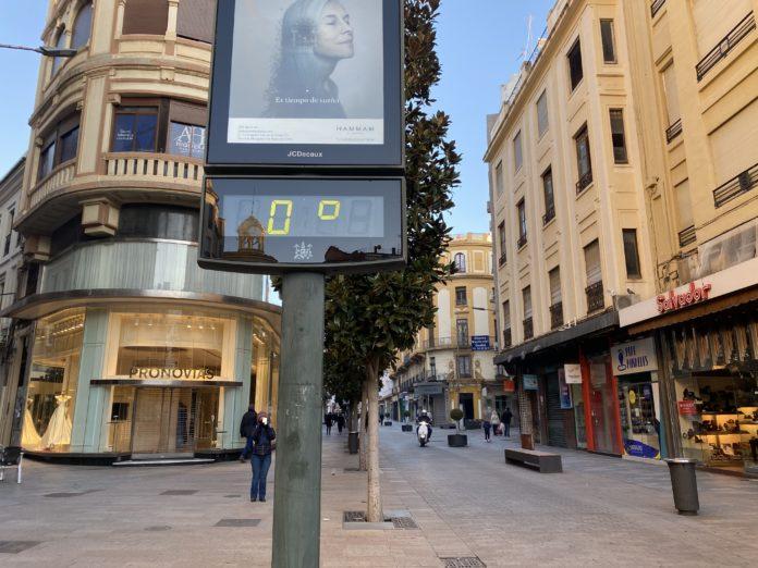 Termómetro de la Calle Cruz Conde en la capital cordobesa