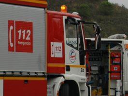 Camión de Bomberos y ambulancia de EPES