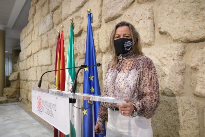 Isabel Albás (Cs) valora la victoria de Córdoba como base logística del Ejército de Tierra