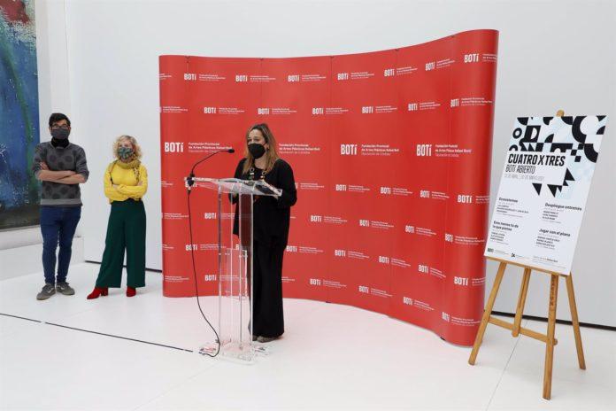 Salud Navajas, delegada de Cultura y presidenta de la Fundación Botí
