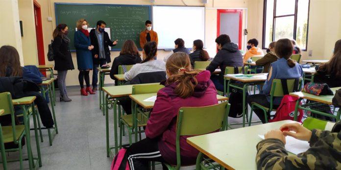 La delegada de Educación y Deporte en Córdoba, Inmaculada Troncoso
