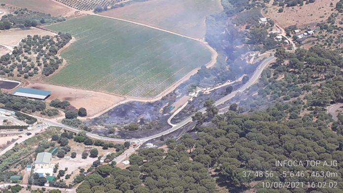 Incendio forestal en el paraje la Sierrezuela de Posadas