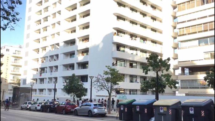 Hotel COVID-19 donde están aislados los alumnos por el macrobrote