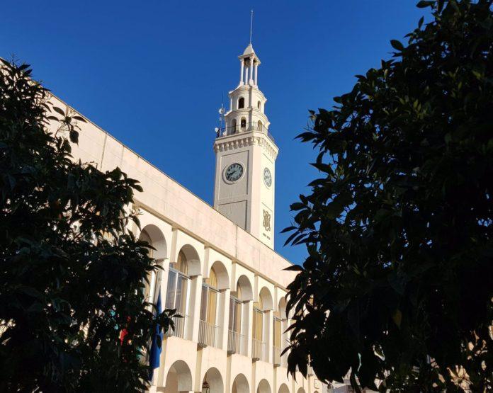 Torre del reloj en la Plaza Nueva de Lucena