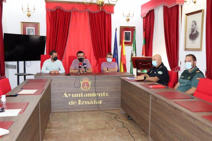 El alcalde de Iznájar